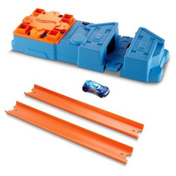 Hot Wheels Track Builder Booster