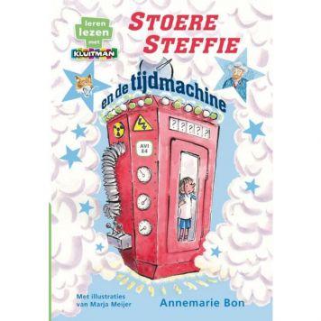 Boek Avi Stoere Steffie En De Tijdmachine