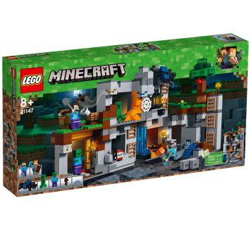LEGO Minecraft 21147 De Bedrock Avonturen