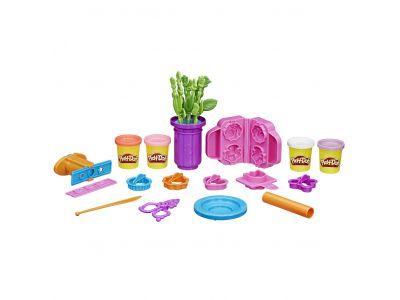 Play-Doh Gardener Role Play